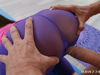 Sexy cam sexual congress with a fit wife increased by an older man